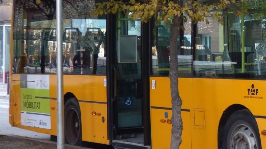 El bus de la L1 no passa pel barri de Sant Joan de Figueres mentre s'investiga un incident amb balins