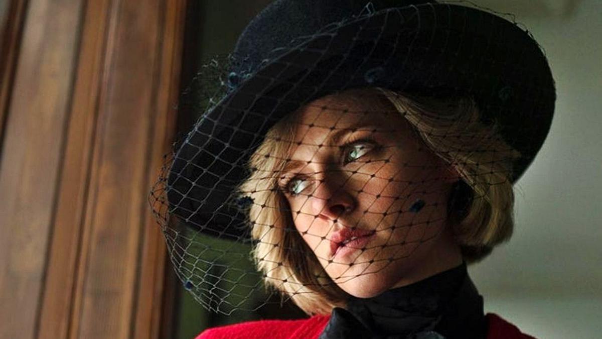 """Kristen Stewart, en la piel de Lady Di, en el filme """"Spencer"""" de Pablo Larraín, cuyo estreno se prevé para otoño.    // INSTAGRAM"""