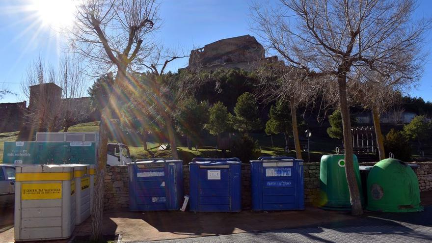 """Morella afea las """"muchas deficiencias"""" de la recogida de basura y reciclaje de Diputación"""