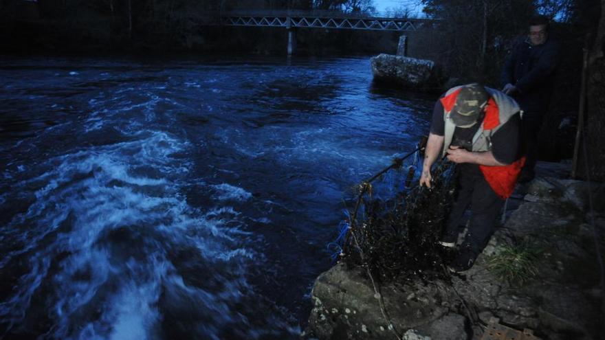 """Las """"pesqueiras"""" romanas del Ulla se preparan para una nueva campaña de lamprea"""