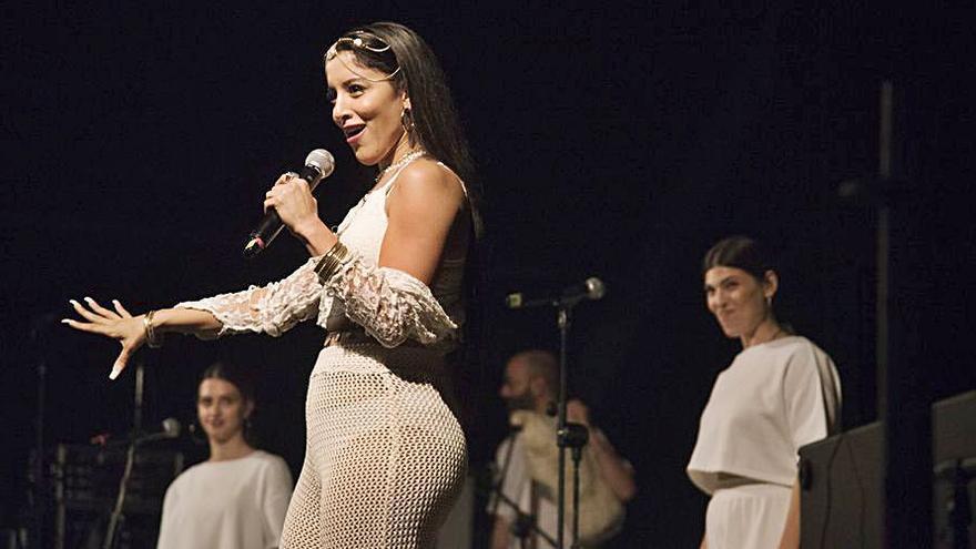 Una diva grega desenfrenada i eurovisiva
