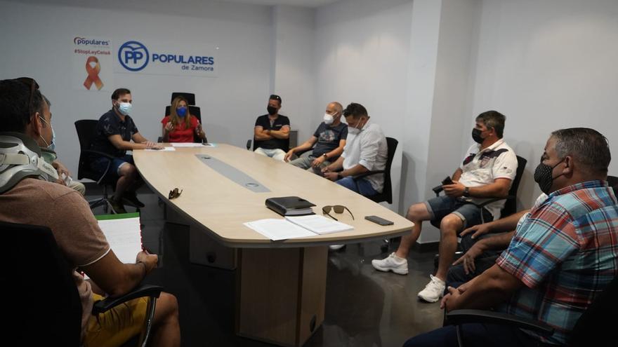 El PP y el comité de Zamora Limpia piden que se aplace la adjudicación del contrato de basuras