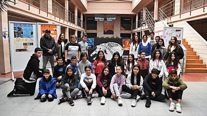 El cine entra en las aulas del instituto Rafael Dieste para celebrar su semana cultural