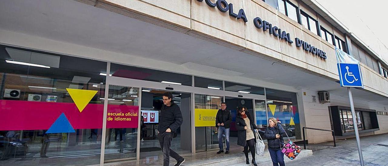 La Escuela de Idiomas de Alicante oferta 7.780 vacantes para el curso que viene.