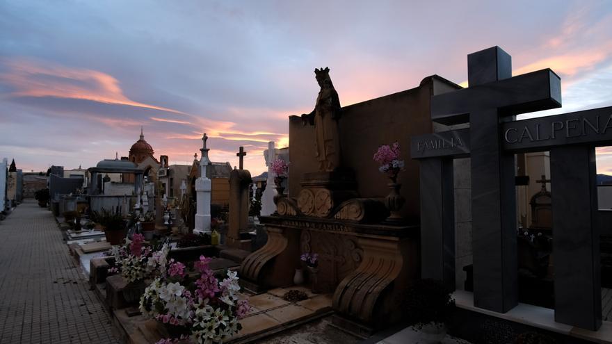 Sesenta nuevos nichos para el cementerio de Aspe