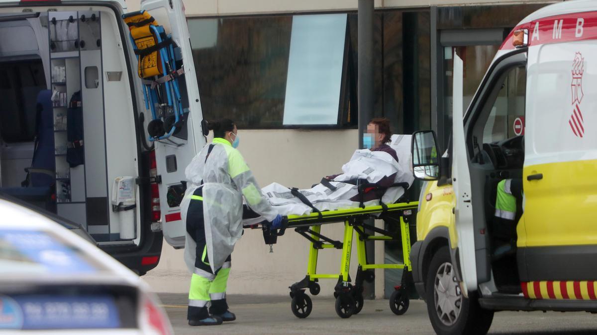Los hospitales valencianos están soportando la presión de los peores días de la tercera ola de la pandemia de coronavirus