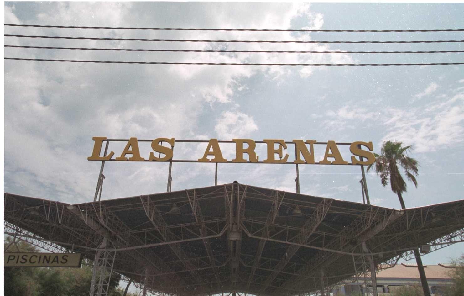 ¿Te acuerdas de...? Así eran las Piscinas de Las Arenas en el año 2000
