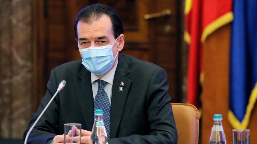 Multado el primer ministro de Rumanía por incumplir las normas contra el coronavirus