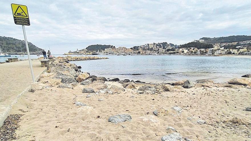 El litoral 'solleric' recupera la arena