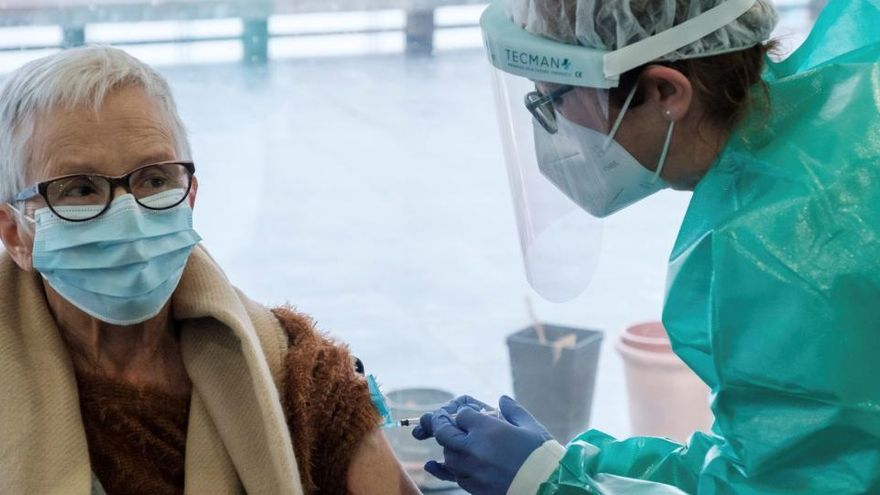Un 0,08% de los vacunados en España sufre alguna reacción adversa