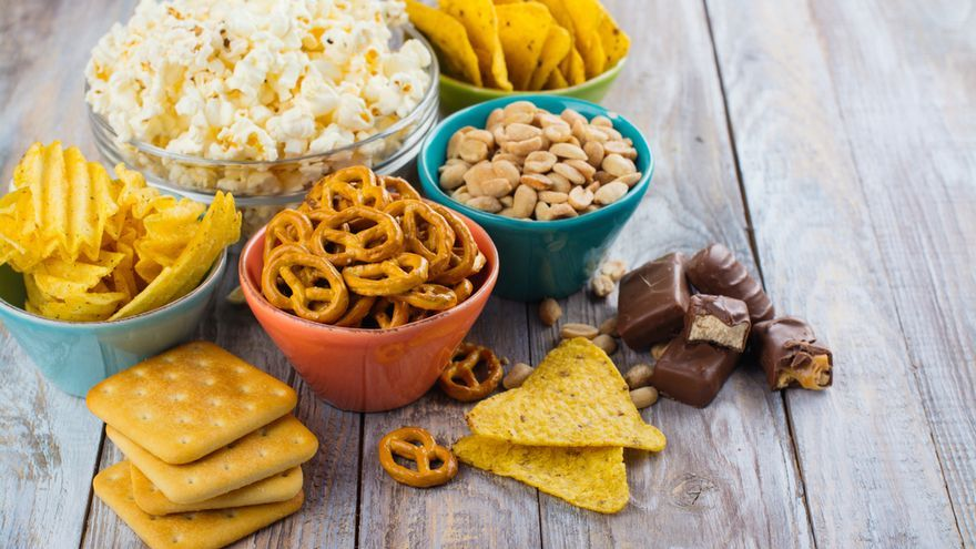El aperitivo que Sanidad pide no consumir y que están retirando de los supermercados