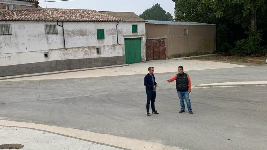Teruel pavimenta la zona del lavadero de Caudé