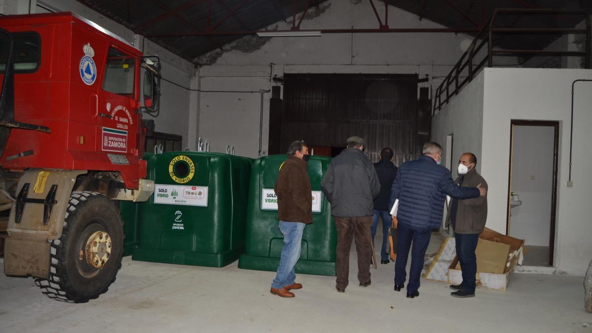 Reparto de contenedores de vidrio en Sanabria