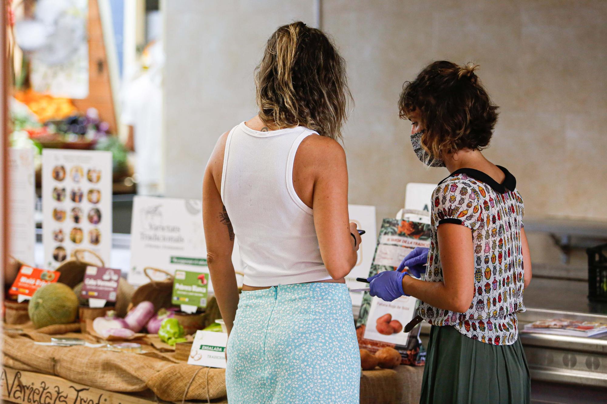 Ensalada payesa y helado de 'meló eriçó' en Santa Eulària
