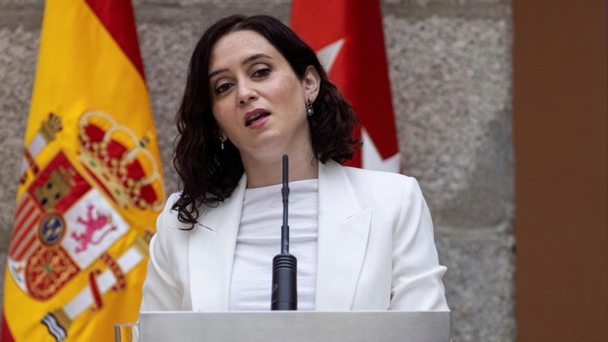"""Ayuso dice que es más seria que el PSOE y que la gente """"no quiere"""" a Podemos."""