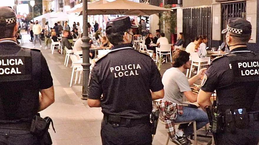 Clausuran 64 fiestas en pisos de Alicante durante el puente