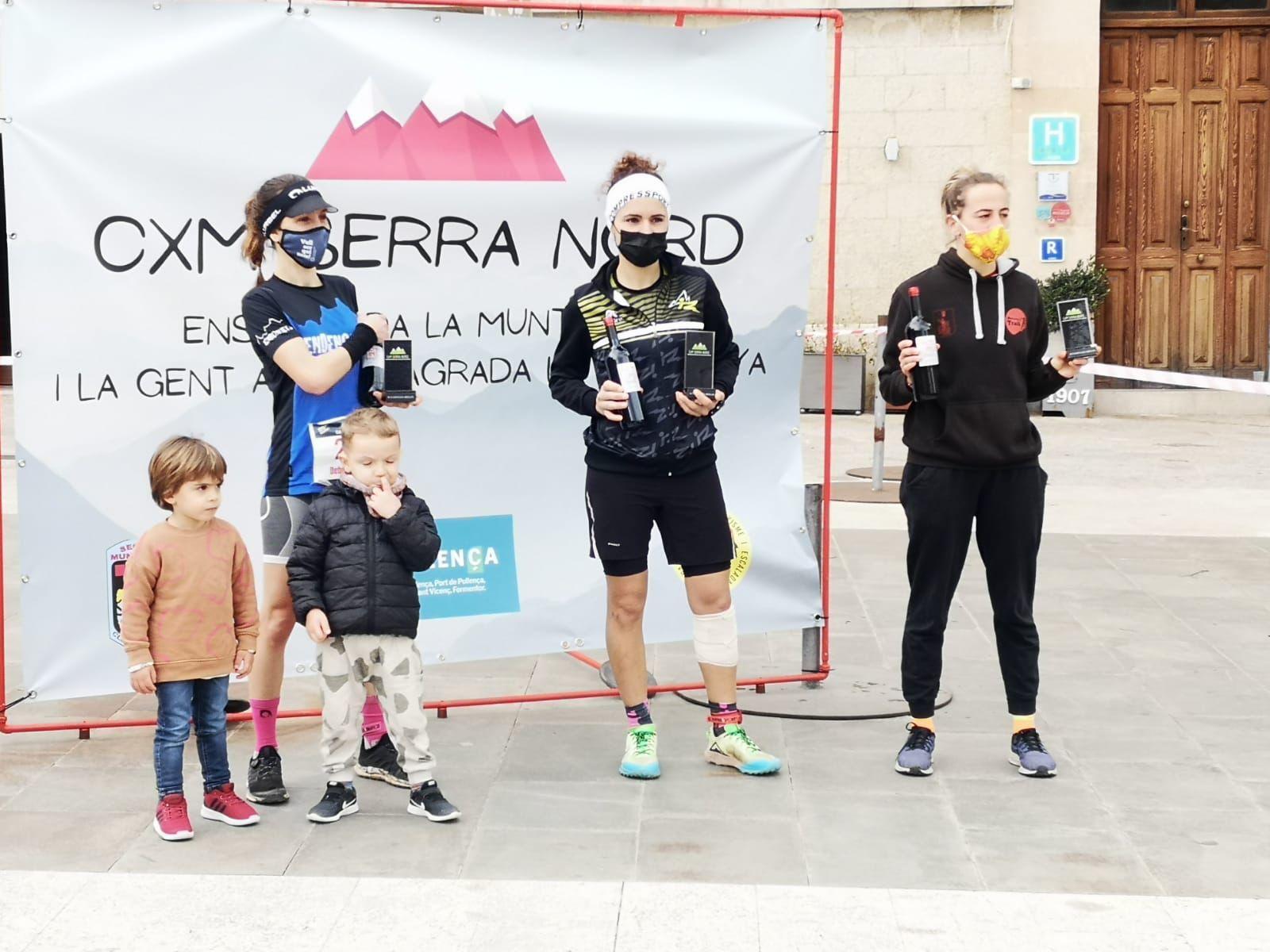 Podio femenino de la CxM Mallorca Nord del domingo.jpg