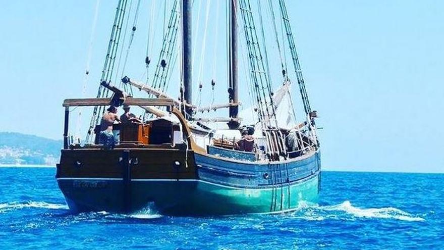 Restauren a Roses un vaixell suec centenari que farà rutes per la Costa Brava