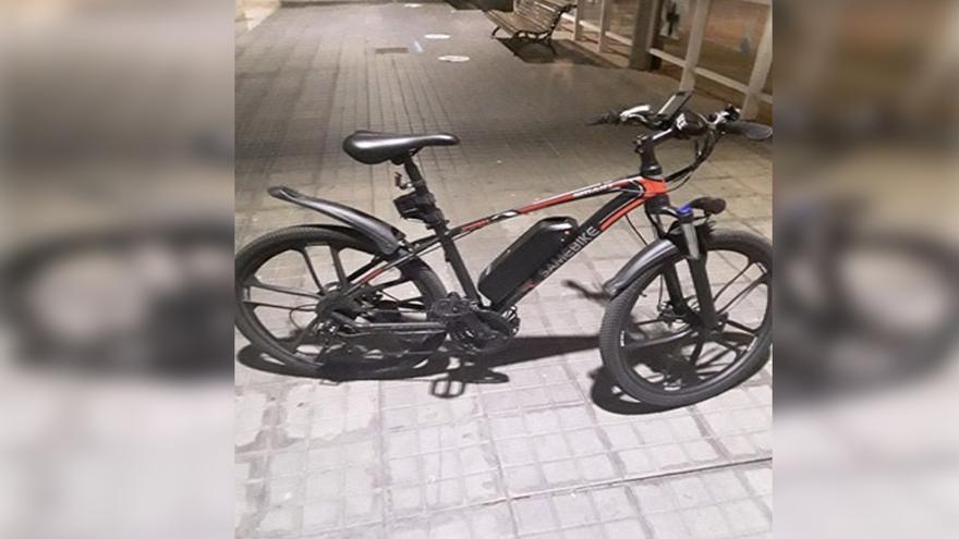 Un paseo en bici de 1.600 euros: ebrio y saltándose el toque de queda