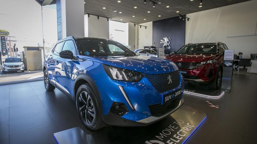 Compra un Peugeot híbrido y consigue el punto de carga gratis en Grupo Marcos