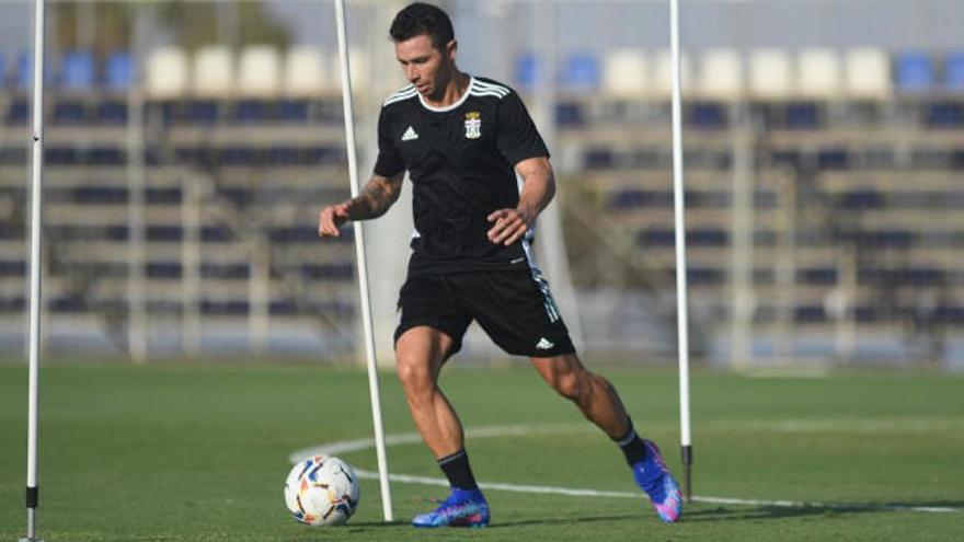 Rubén Castro ya entrena con el Cartagena y está disponible para la cita ante el Sporting