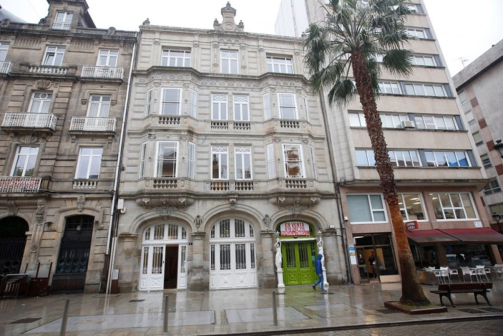 Casa para Benito Sanjurjo en el número 20 de la Plaza de Compostela | Ricardo Grobas
