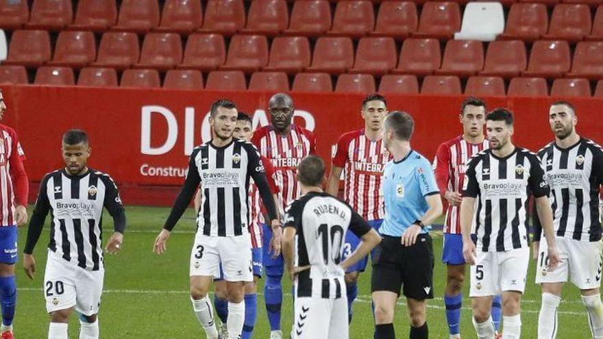 """Granell Gil: """"El gol del Molinón debió anularse; Djuka se acomoda el balón con el brazo"""""""