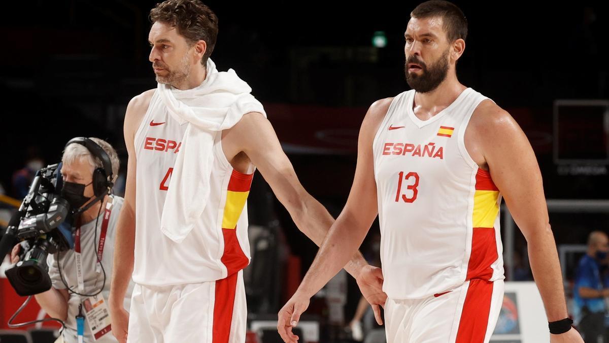 Los hermanos Gasol, con la selección española.
