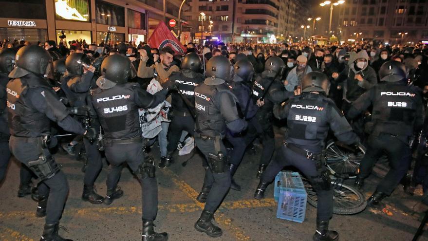 DIRECTO   Manifestación en apoyo a Pablo Hasél en València
