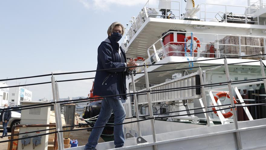 Quintana anuncia que Galicia vacunará a los marineros si Sanidad sigue sin rectificar