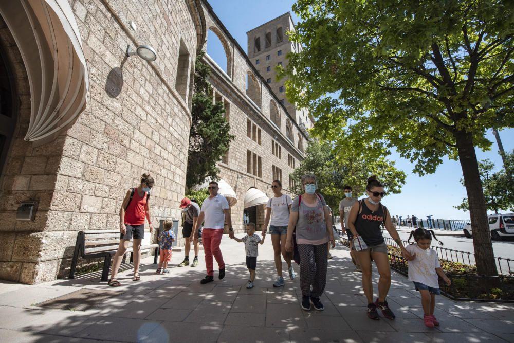 Montserrat reobre els accessos amb l'aeri i el cremallera després de la pandèmia