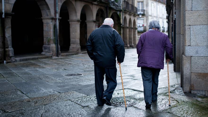 La pandemia hunde la población gallega tras dos años de crecimiento