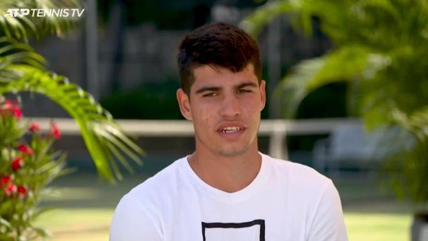 Carlos Alcaraz en una entrevista a la ATP.
