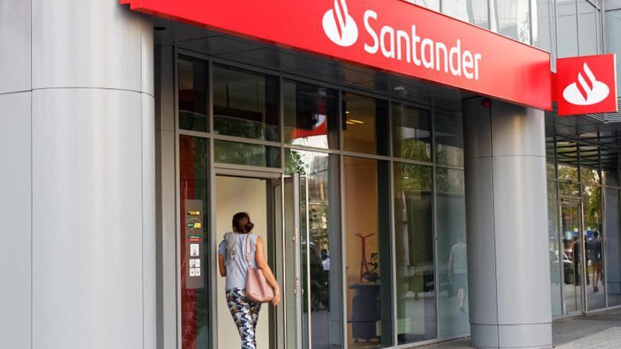 El Banco Santander pierde 8.771 millones en 2020