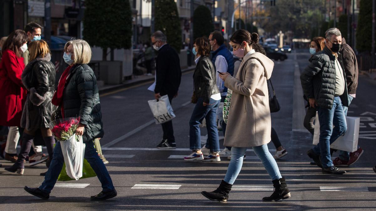 Las nuevas restricciones que entran en vigor este lunes en Alicante, Valencia y Castellón.