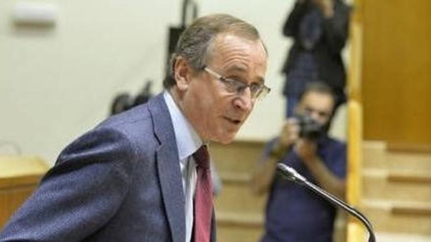 Alonso reunirá el lunes a la dirección del PP vasco para analizar el pacto con Cs
