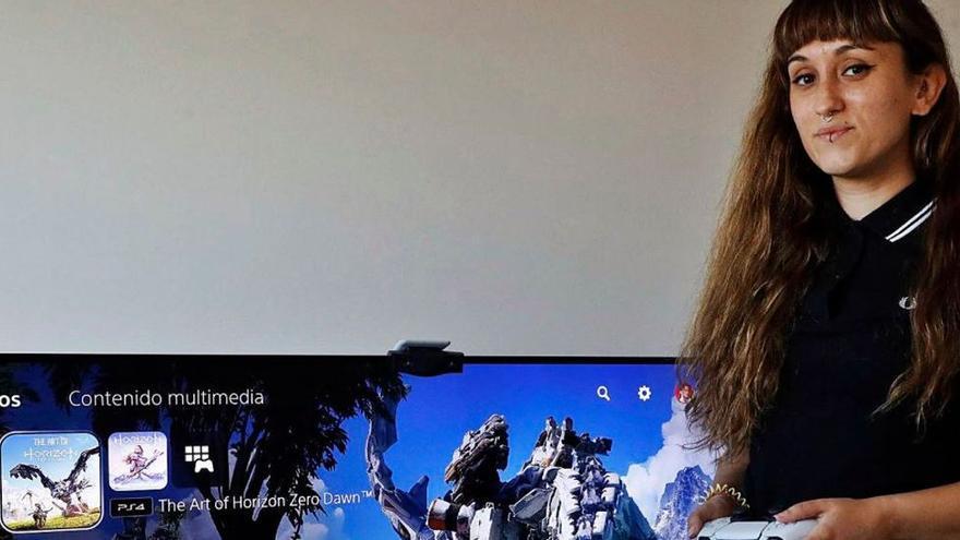 """""""Muchas mujeres dejan los videojuegos 'online' por el acoso que sufren"""""""