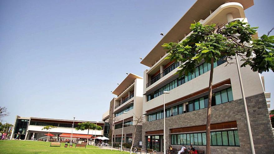 Centro de Desarrollo Turístico Costa Adeje (Cdtca), sede de la Concejalía de Desarrollo Económico. | | E.D.