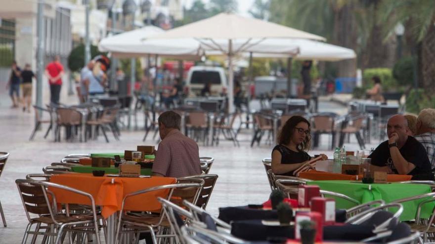 El Ayuntamiento avanza en la reurbanización de la segunda fase del lateral de la Explanada