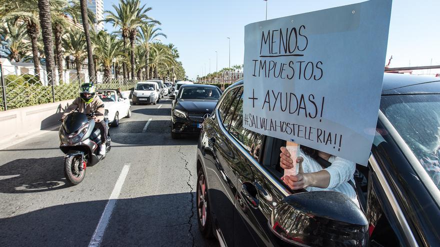 El bipartito de Alicante se abre a suavizar los requisitos para las ayudas a la hostelería y el comercio tras cubrirse solo un tercio del presupuesto