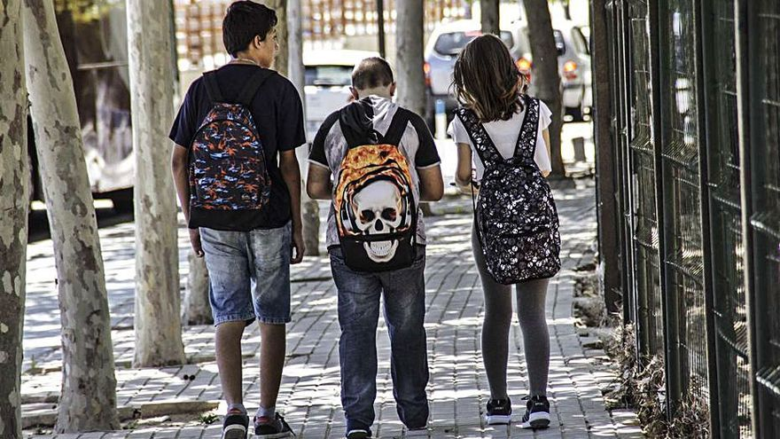 El Ayuntamiento creará caminos escolares peatonales seguros para acudir a los colegios