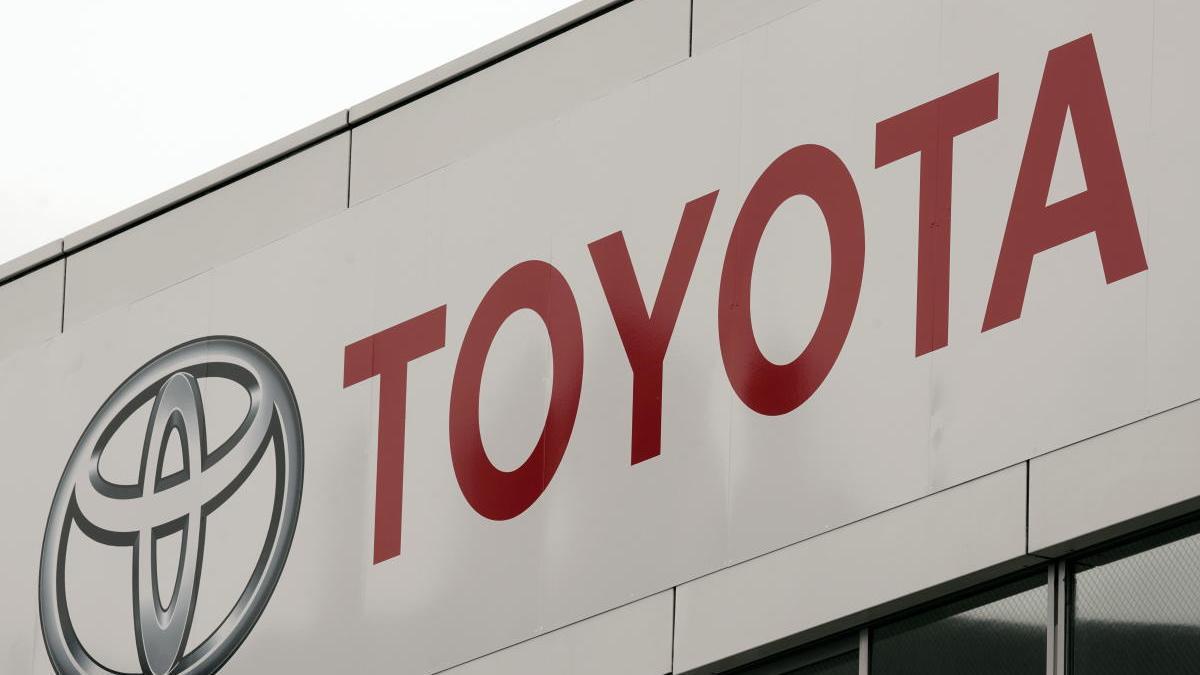 Toyota España recoge 10 toneladas de alimentos para los más necesitados