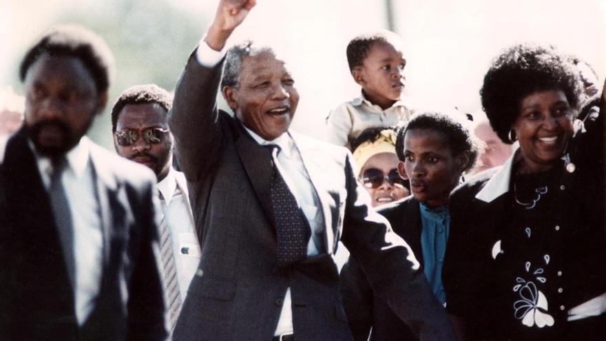 Lecciones de confinamiento: así se mantuvo en forma Mandela fuera y dentro de la cárcel
