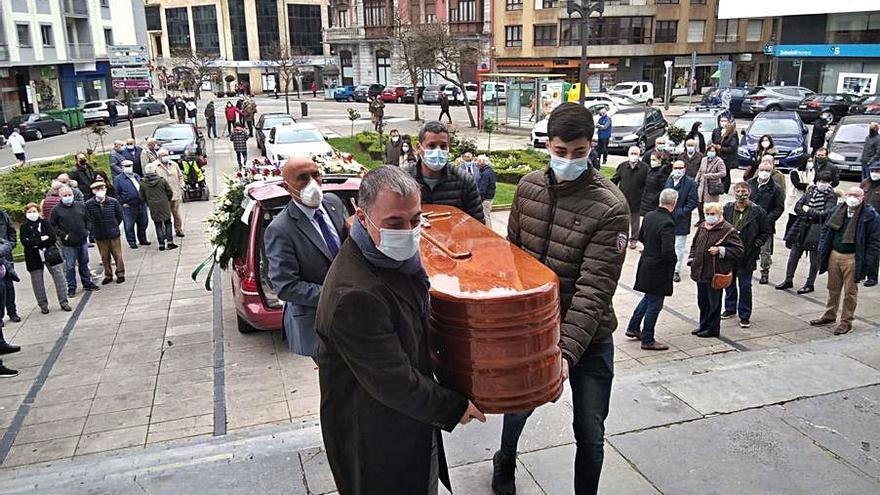 "Adiós al hostelero Moisés Pérez, ""un trabajador nato que luchó hasta el final"""