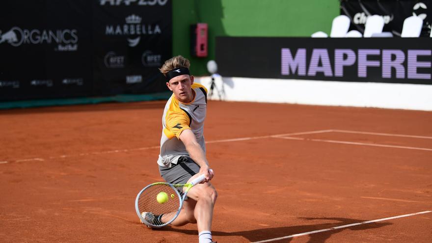 Alejandro Davidovich debuta  con victoria en el Andalucía Open