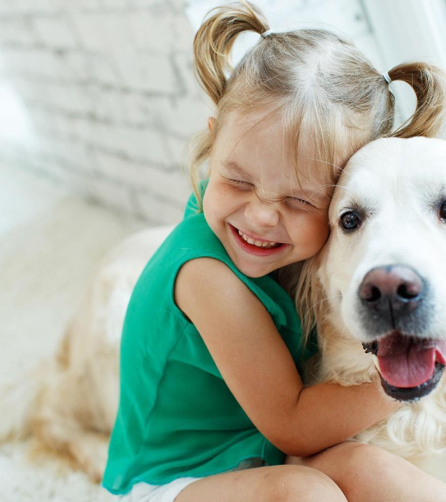 Convivir con perros mejora el crecimiento emocional infantil