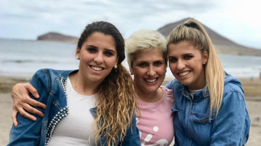 Noelia y Natalia, almas gemelas de Pilar, una mamá de campeonato