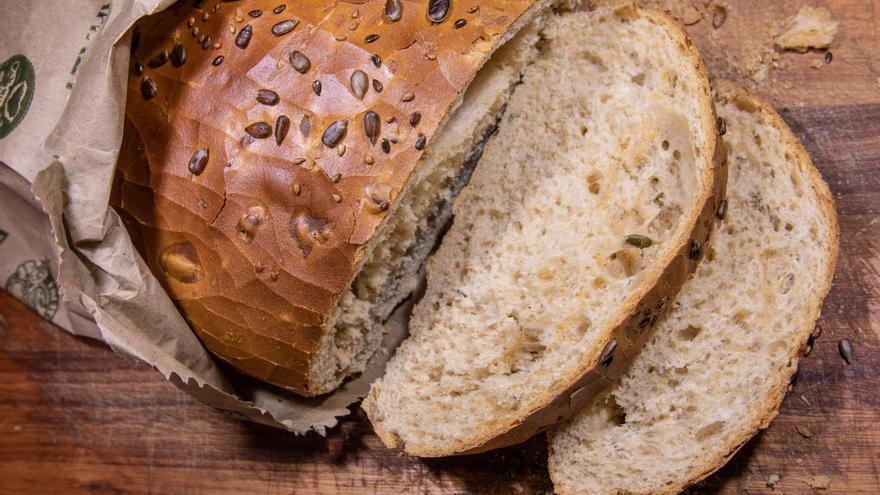 ¿Te encanta el pan?: Con este sencillo truco lo harás más saludable para no engordar tanto