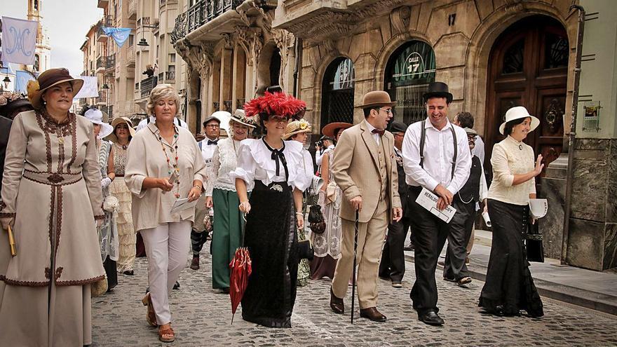 Espectáculos y conferencias centran el programa de la Feria Modernista de Alcoy