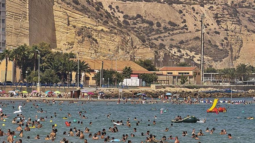 El Mediterráneo se calienta hasta los 27,4º y se convierte en 'gasolina' para una gota fría